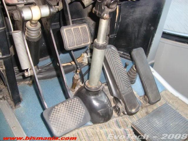 volvo b7r pedal