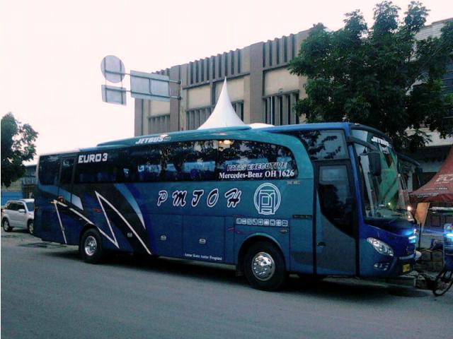 Bus - bus PO. PMTOH 6