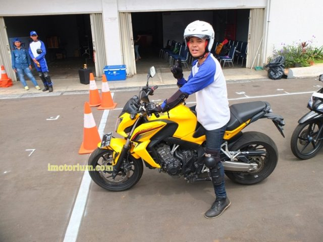 Safety Riding Wahana Honda - Jatake (92)