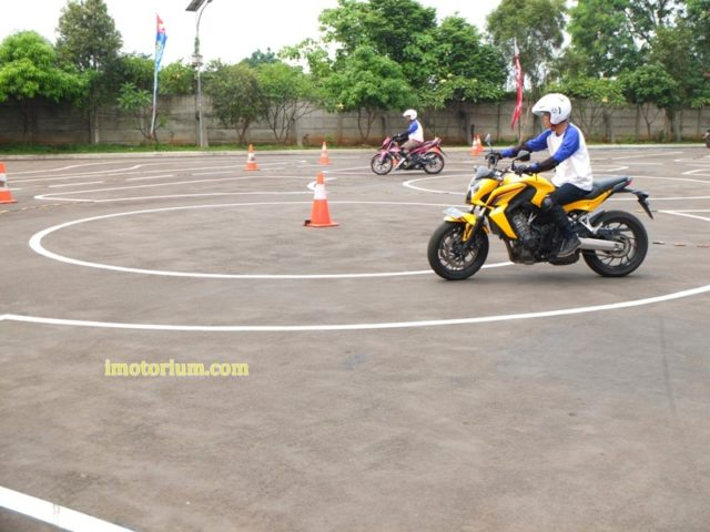 Safety Riding Wahana Honda - Jatake (93)