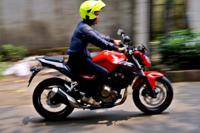 Imotorium - Honda CB500F Review (11)